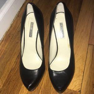 Beautiful heels by bcbg size 37.5